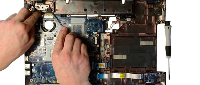 disassembly--motherboard---eee